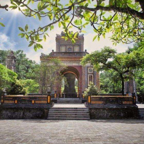 Hue-Tu-Duc-Tomb-Experience