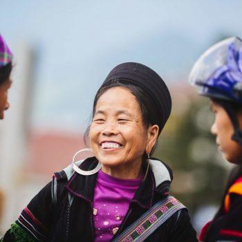 Black Hmong minorities chatting